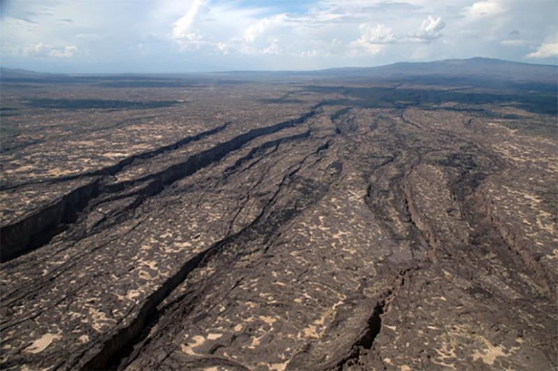 Тріщина на Африканському континенті простягається на 56 кілометрів/ University of Rochester