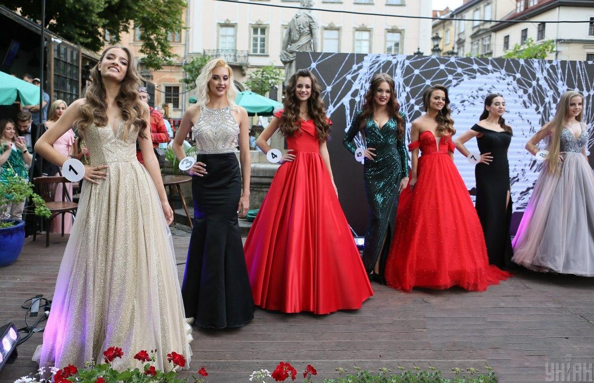 """Претендентки на звание """"Мисс Львов-2020"""" / УНИАН"""