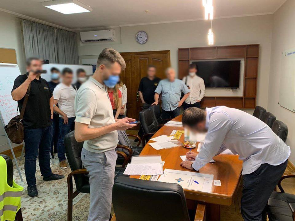 НАБУ и САП проводят обыски после задержания Новака / фото facebook.com/nabu.gov.ua