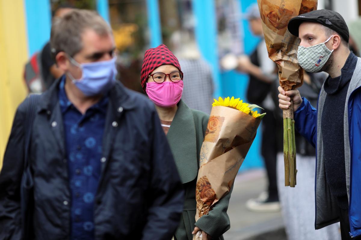 В Украине количество случаев COVID-19 уже превысило 201 тысячу / фото REUTERS
