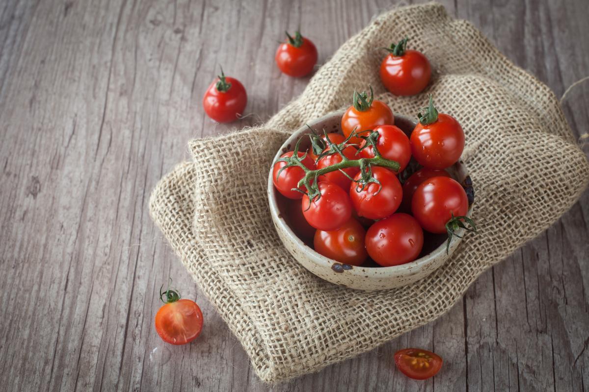 Как приготовить помидоры на зиму / фото ua.depositphotos.com