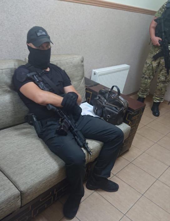В партии напомнили, что это уже пятый раз проводятся обыски уКормышкина за последние 5 лет