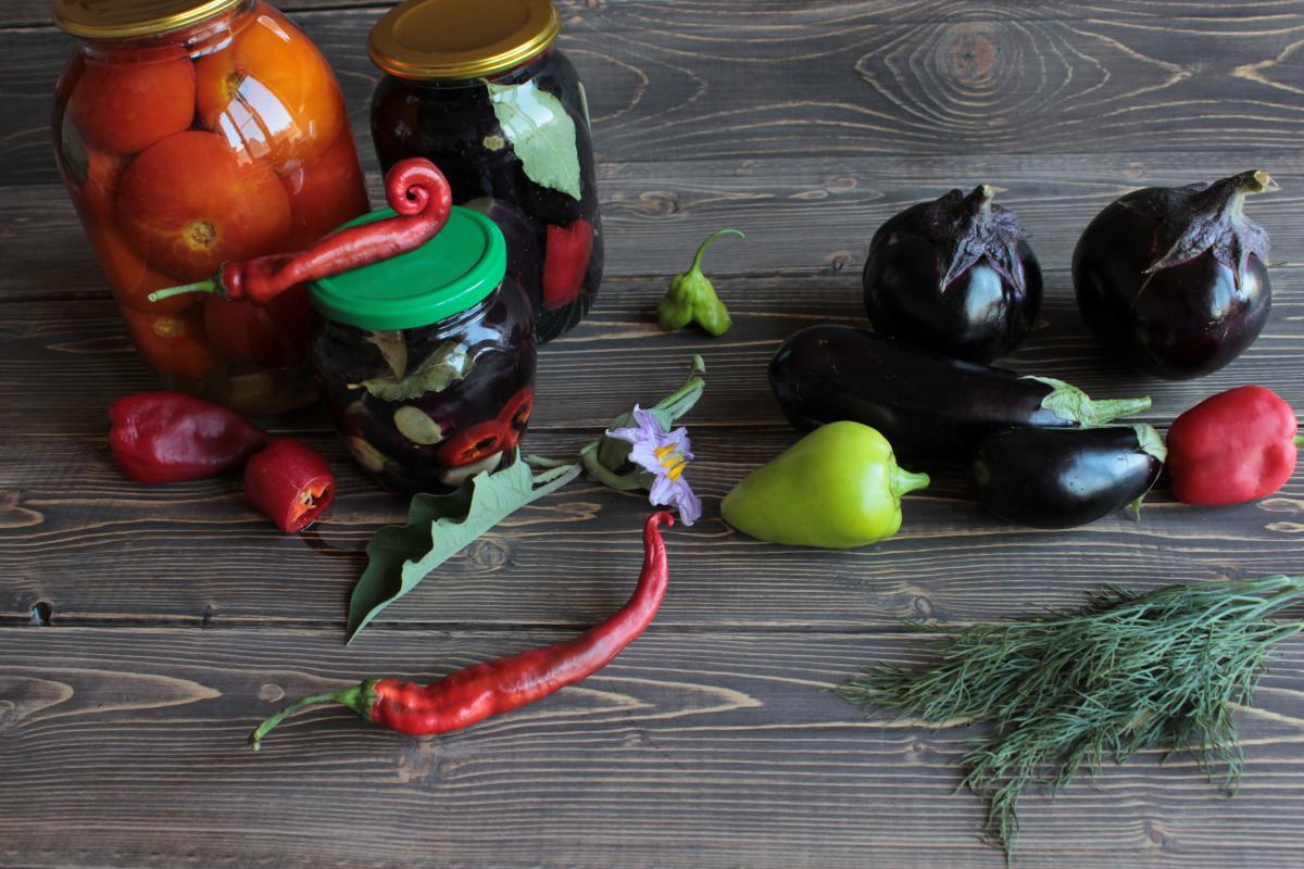 Заготовки из баклажанов на зиму / фото ua.depositphotos.com