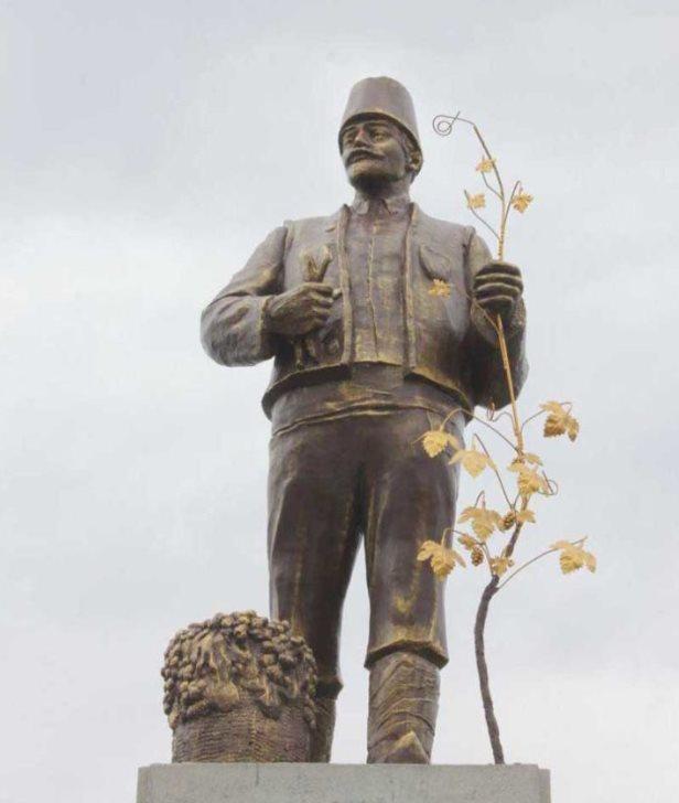 Памятник решили не сносить / facebook.com/Nevidomy