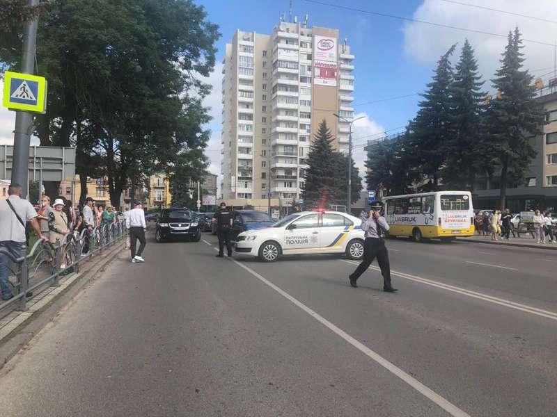 ВЛуцке террорист захватил автобус сзаложниками: детали   | «Объектив»