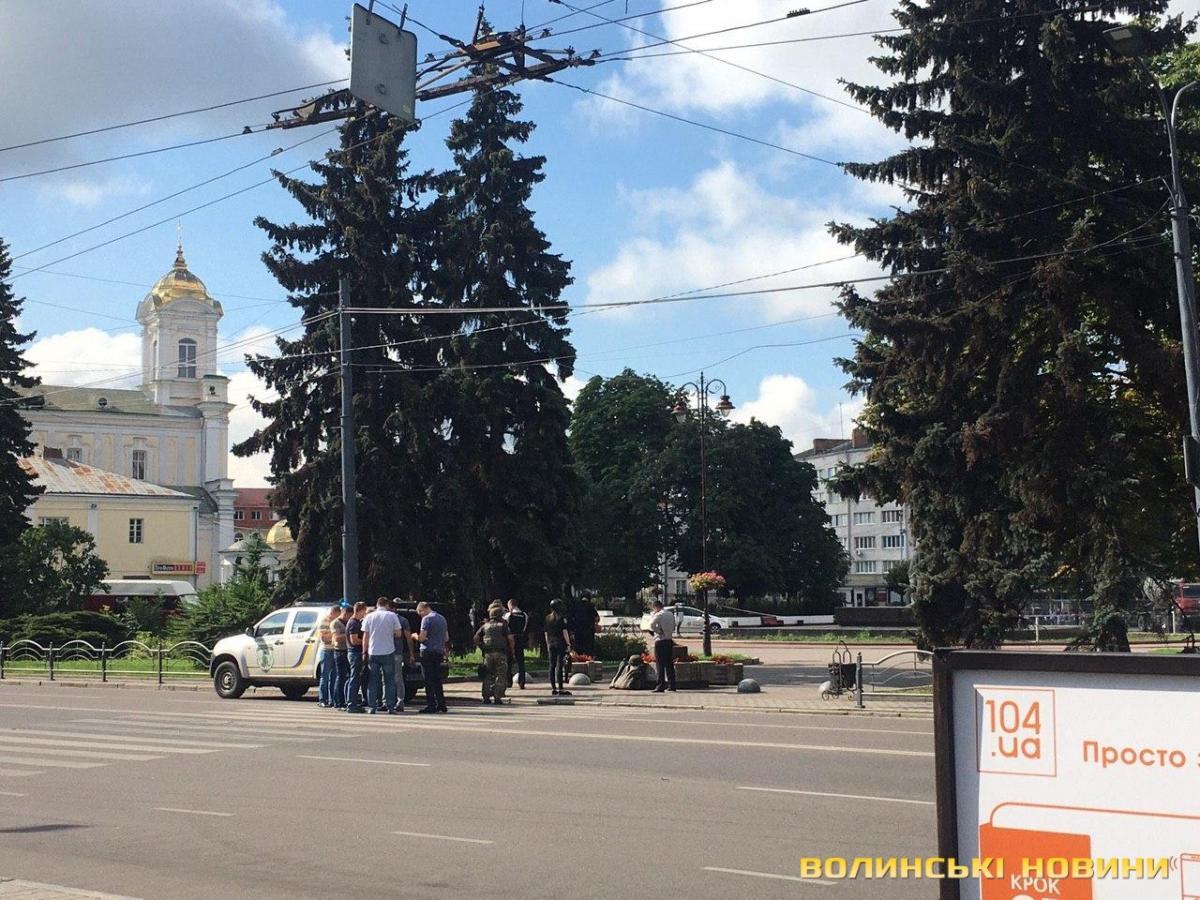Lutsk terrorist detained, all hostages freed