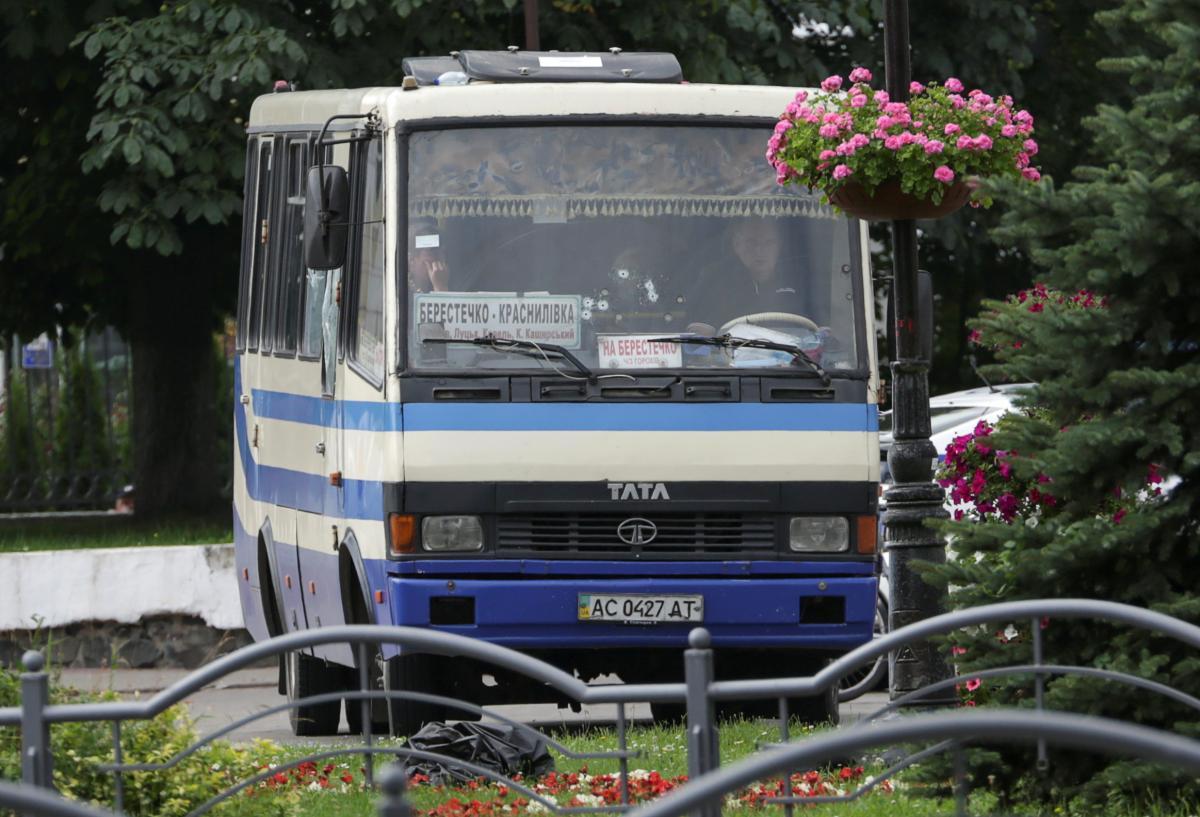21 июля террорист захватил автобус в Луцке / REUTERS