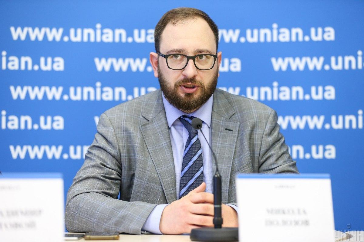 Никорлай Полозов защищает украинских политзаключенных / фото УНИАН