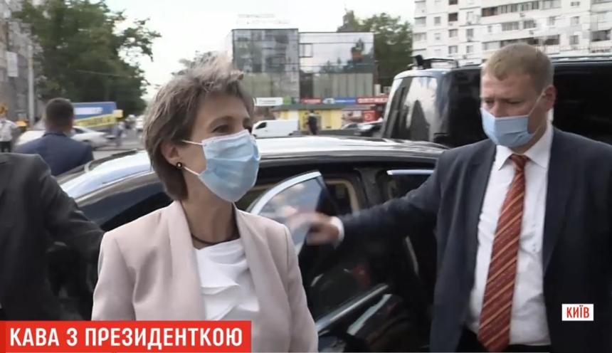 МИДРФ готов объяснить  Зеленскому суть Минских договоров
