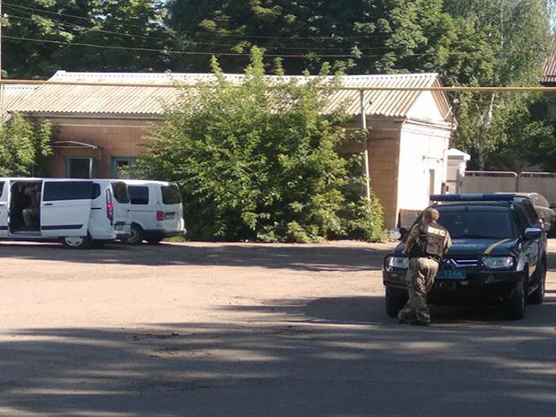 В Полтаве захватили в заложники офицера полиции // IPT Полтава