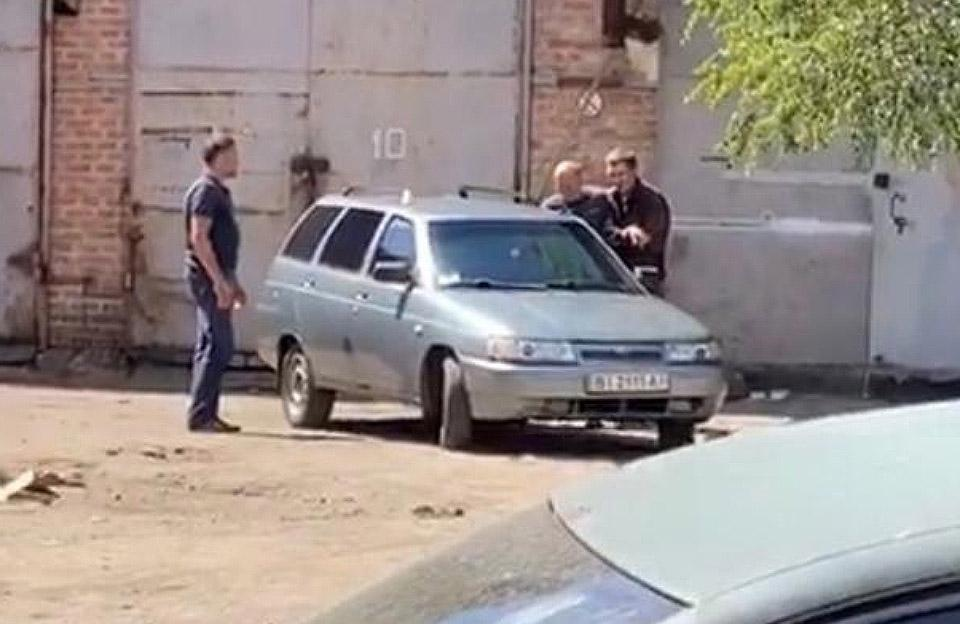 A police officer was taken hostage in Poltava / Photo from t.me/minnni_tg/2706