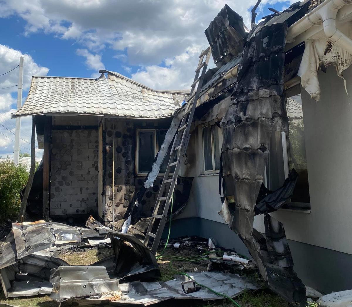 В представительстве ЕС отреагировали на пожар в доме Шабунина / фото facebook.com/antac.ua