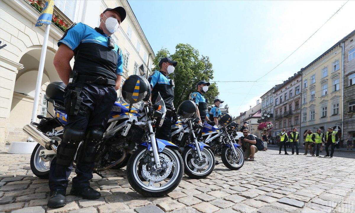 Мотопатрульные прошли курсы домедицинской помощи / фото УНИАН