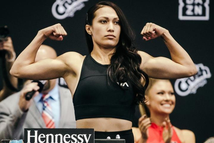 Сеньеса Эстрада одержала 19-ю победу / фото BoxingScene
