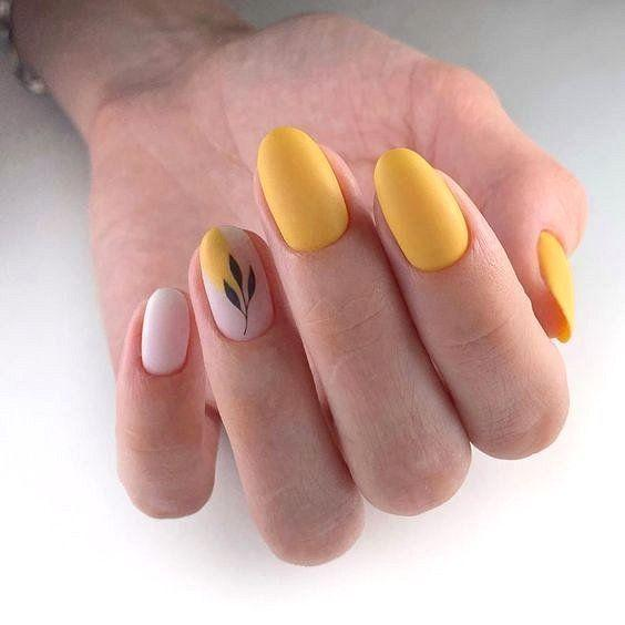 Желтое покрытие / фото pinterest.com