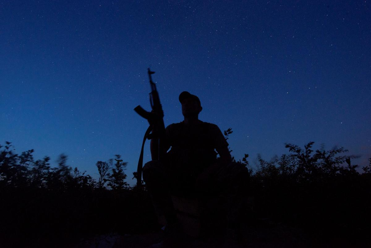 Выстрелы оккупантов были неприцельными и не представляли угрозы жизни украинских воинов / Иллюстрация REUTERS