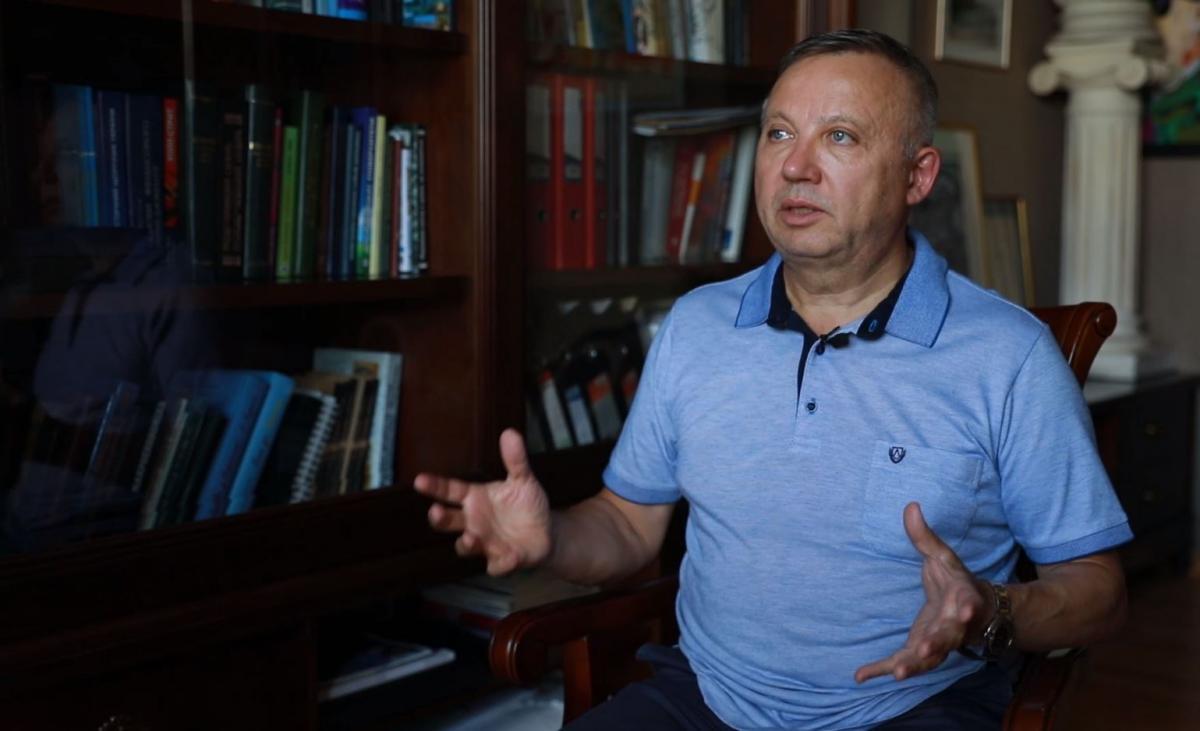 Економіст Олександр Савченкопрогнозуєподальше послаблення гривні
