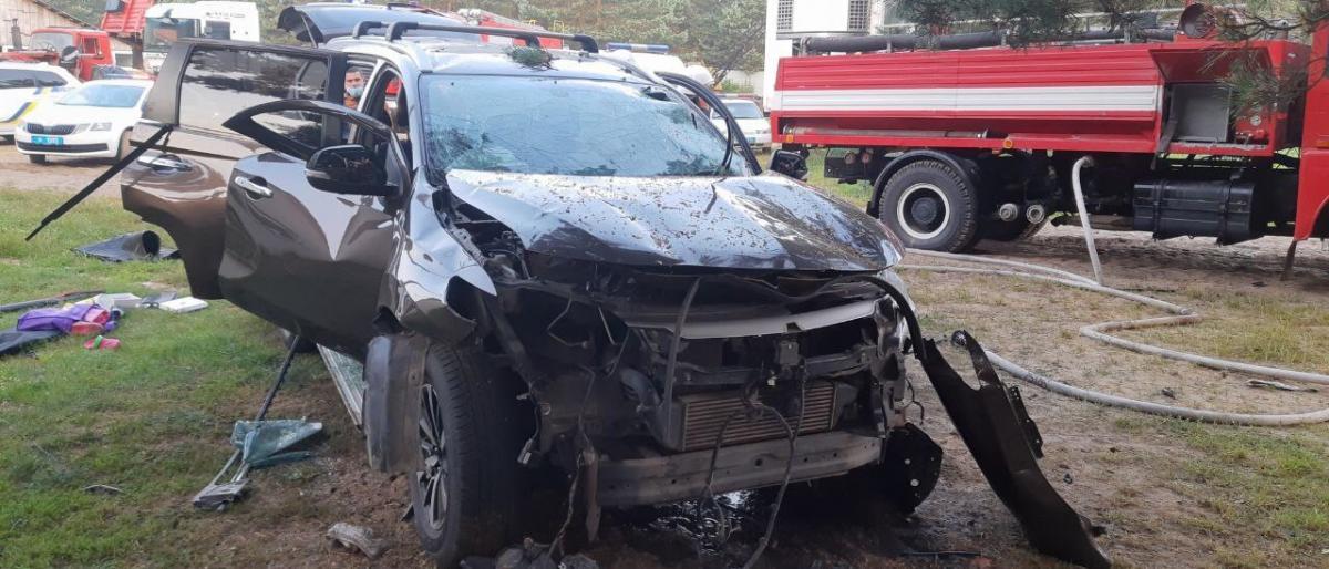 Авто вибухнуло сьогодні вранці / Фото: Нацполіція