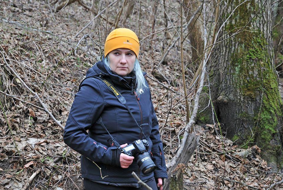 Зоолог Марина Шквыря много лет изучает медведей и волков в дикой природе / фото facebook.com/maryna.shkvyria