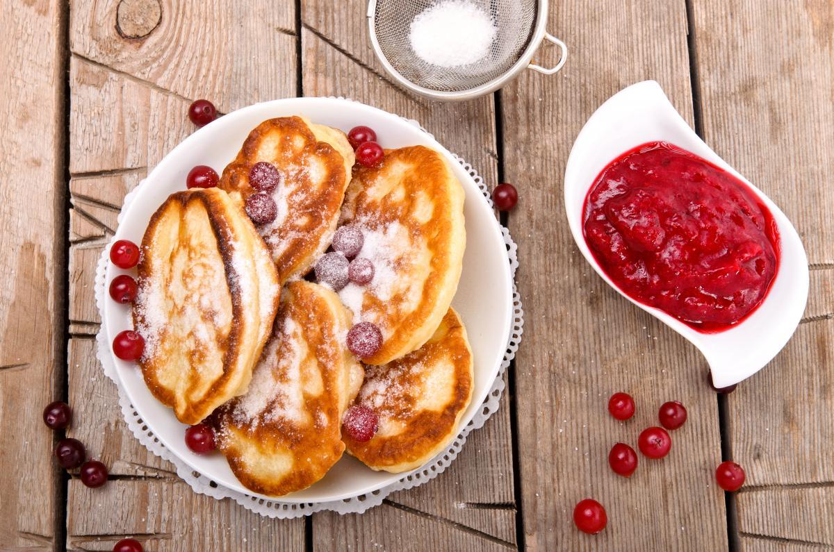 Оладьи на кефире рецепт / фото ua.depositphotos.com