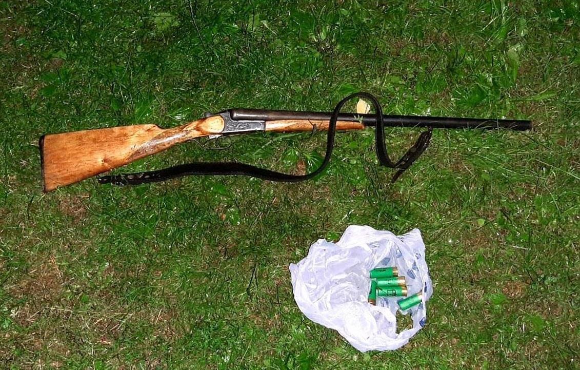 Пьяный мужчина застрелил двух котят из незарегистрированного охотничьего ружья / фото ГУ НП в Черниговской области