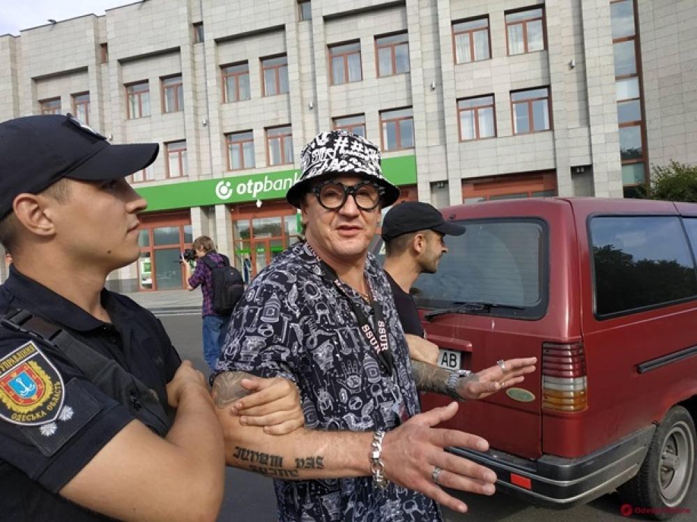 Сейчас правоохранители проводят осмотр места происшествия и устанавливают обстоятельства инцидента/nikcenter.org