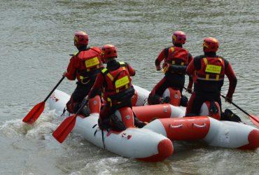Спасатели продолжают ликвидировать последствия наводнения в западных областях