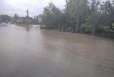 Сегодня в Украине пройдут грозы, спасатели предупредили о новых наводнениях