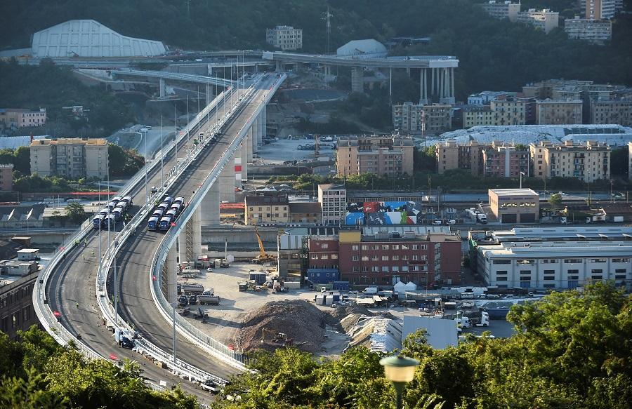 Новый мост в Генуе / фото REUTERS
