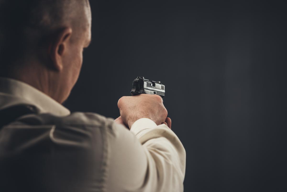 Украинцам могут разрешить владеть короткоствольнім оружием \ фотоua.depositphotos.com