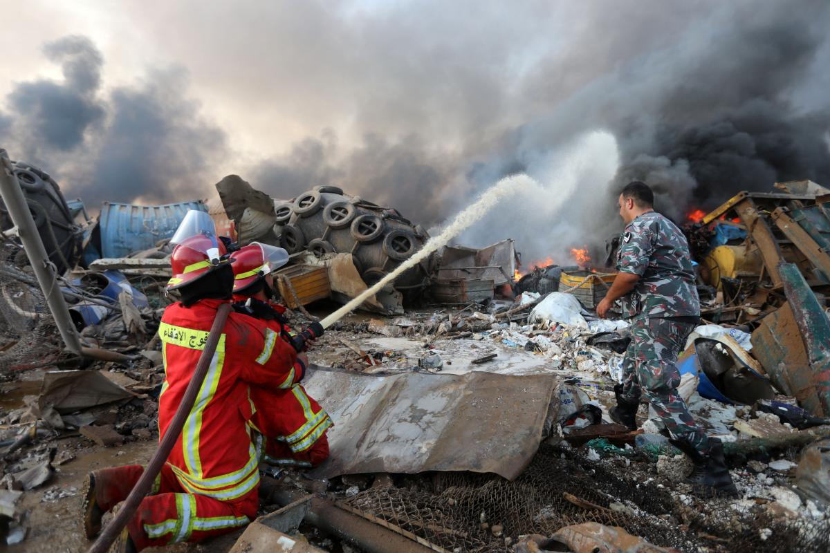 Бейрут разрушен мощным взрывом / REUTERS