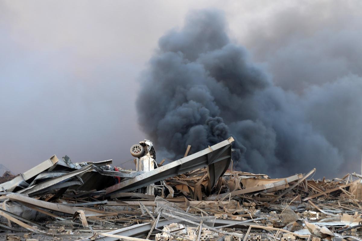 Место взрыва в Бейруте / REUTERS