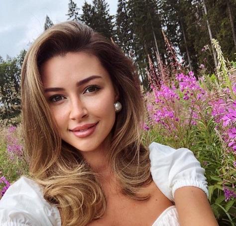 Анна повідомила, що серйозно захворіла / Instagram Анна Заворотнюк