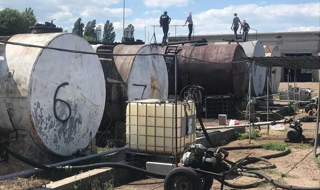 Подпольный цех обустроили несколько жителей Прилук / фото СБУ
