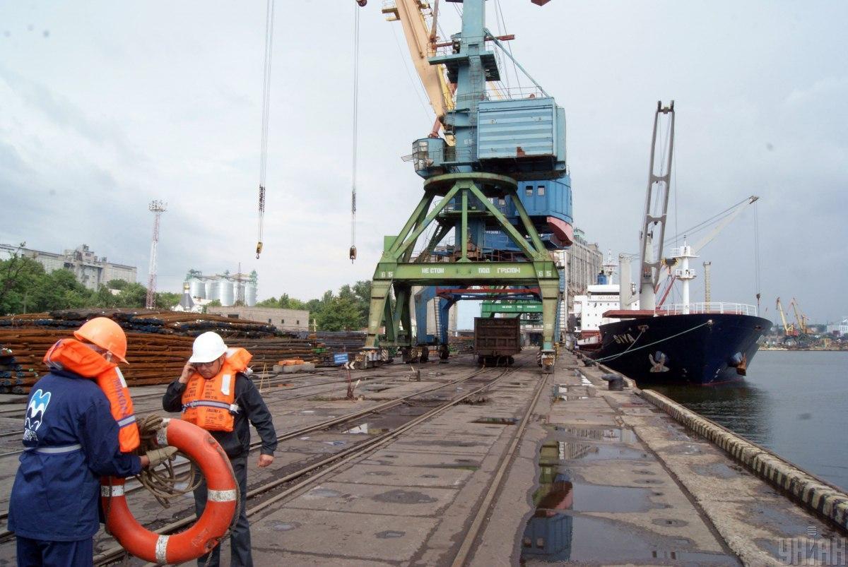 Эксперт оценил безопасность в портах Украины / УНИАН