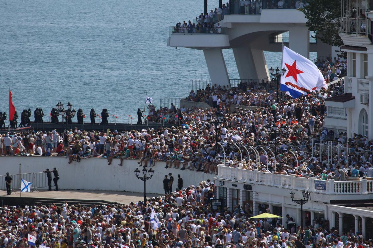 Окупація Криму – проти топ-військового РФ відкрили справу за підбурювання моряків до держзради / REUTERS