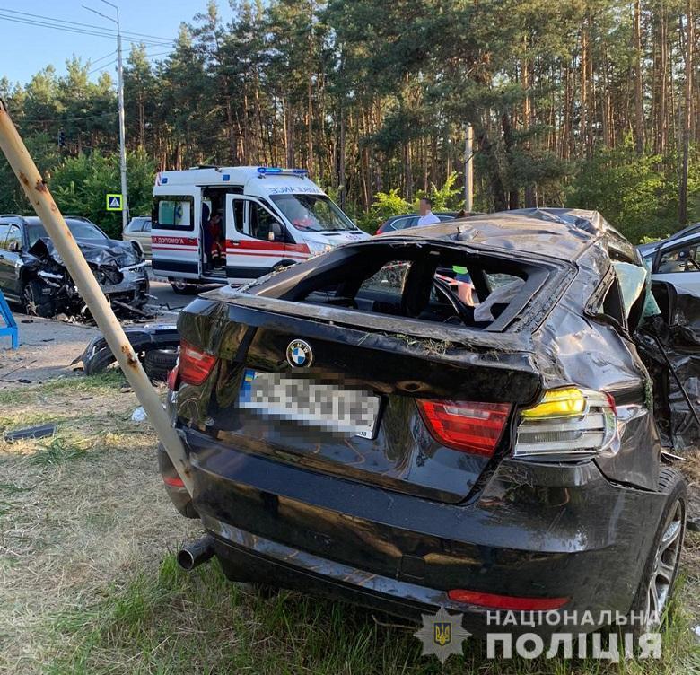 Внаслідок ДТП загинули водій та двоє пасажирів одного авто / фото Нацполіція
