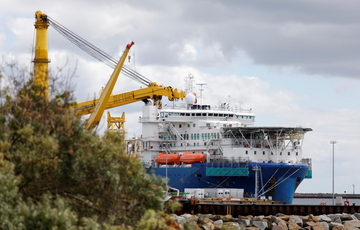 The Akademik Cherskiy vessel in Mukran Port / REUTERS