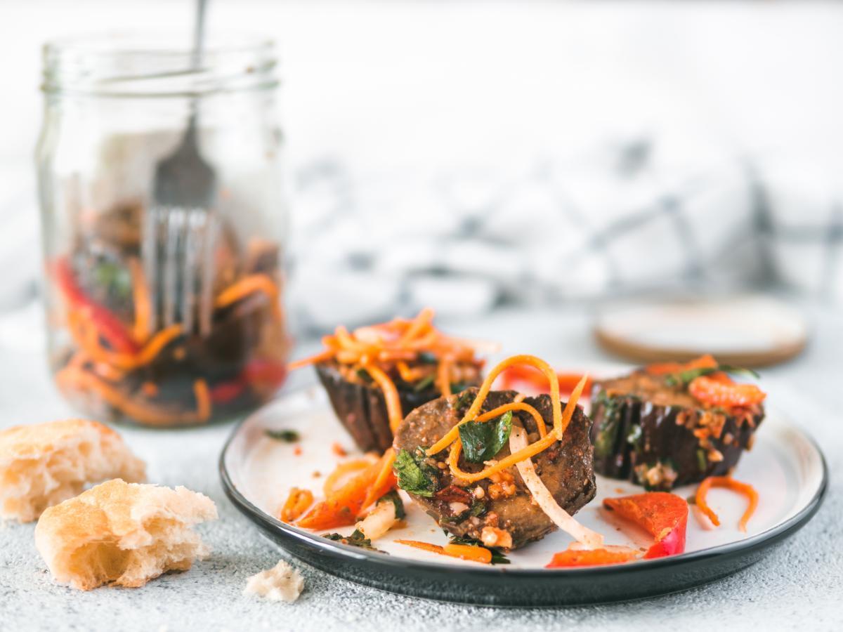 Как приготовить салат из баклажанов на зиму / фото ua.depositphotos.com