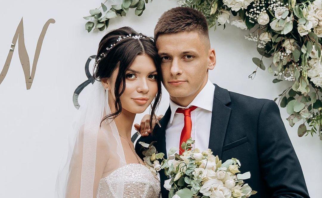 Назарій Русін з дружиною Марією / фото instagram.com/diana_usharuk