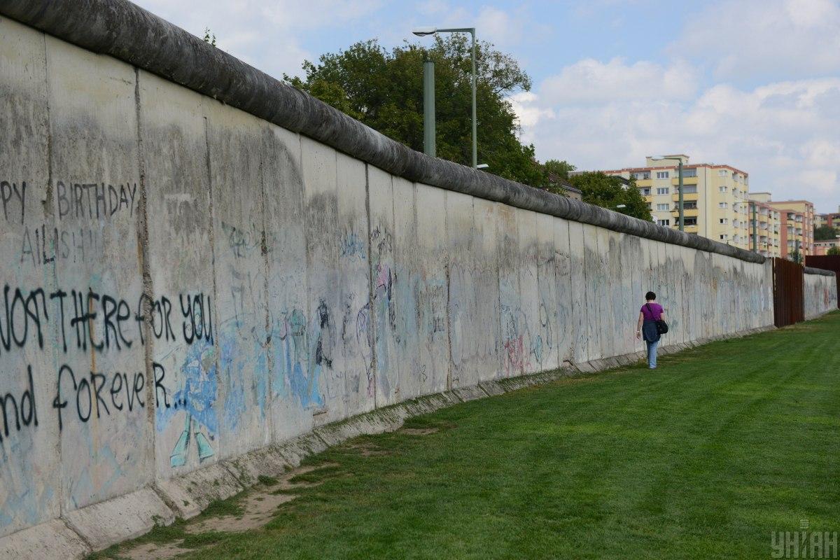 В 1961 году началось строительство Берлинской стены / фото УНИАН