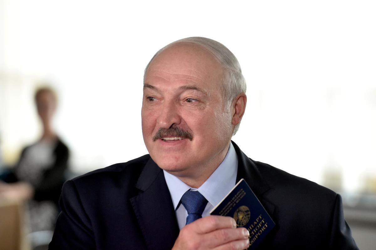 Лукашенко висловився про молодь / REUTERS