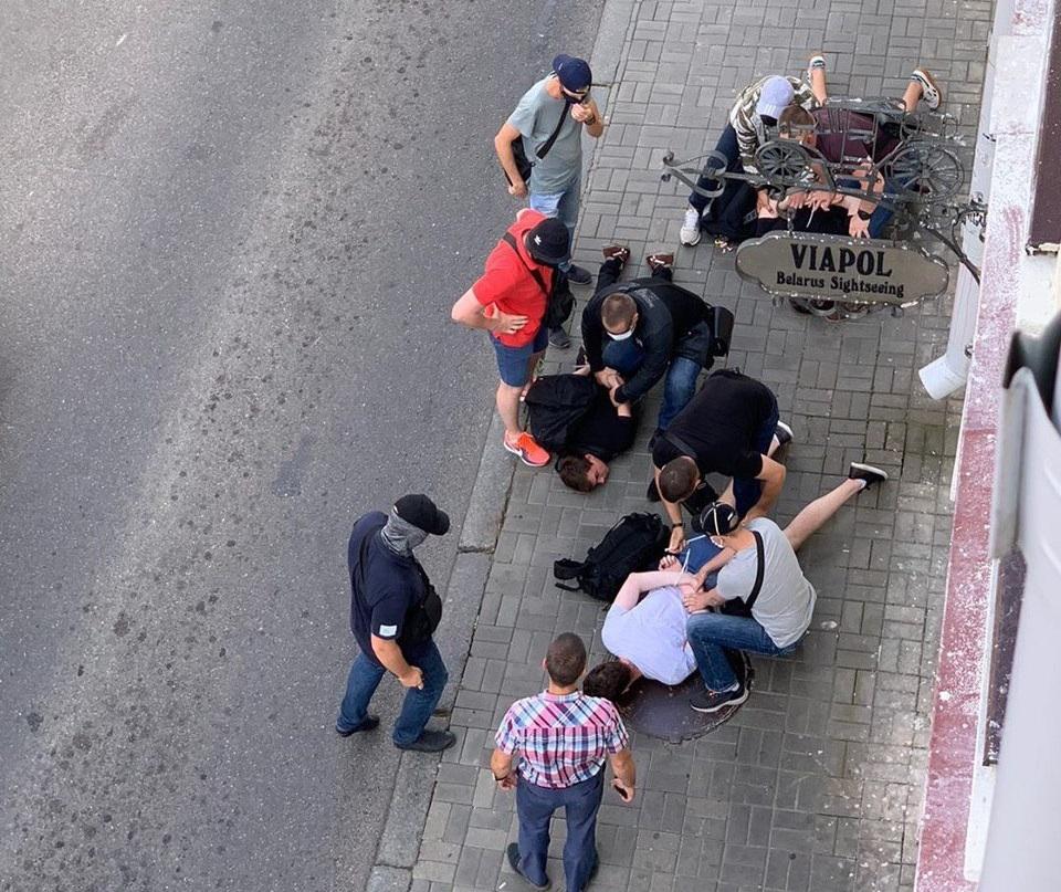 В Минске задержали троих российских журналистов / фото twitter.com/tvrain