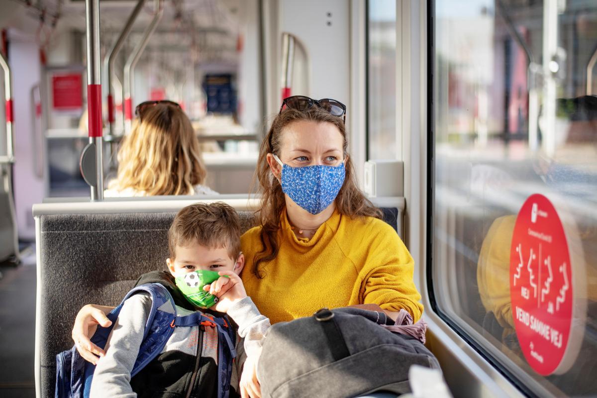 За суткиCOVID-19 заболели 276 детей \ фото REUTERS
