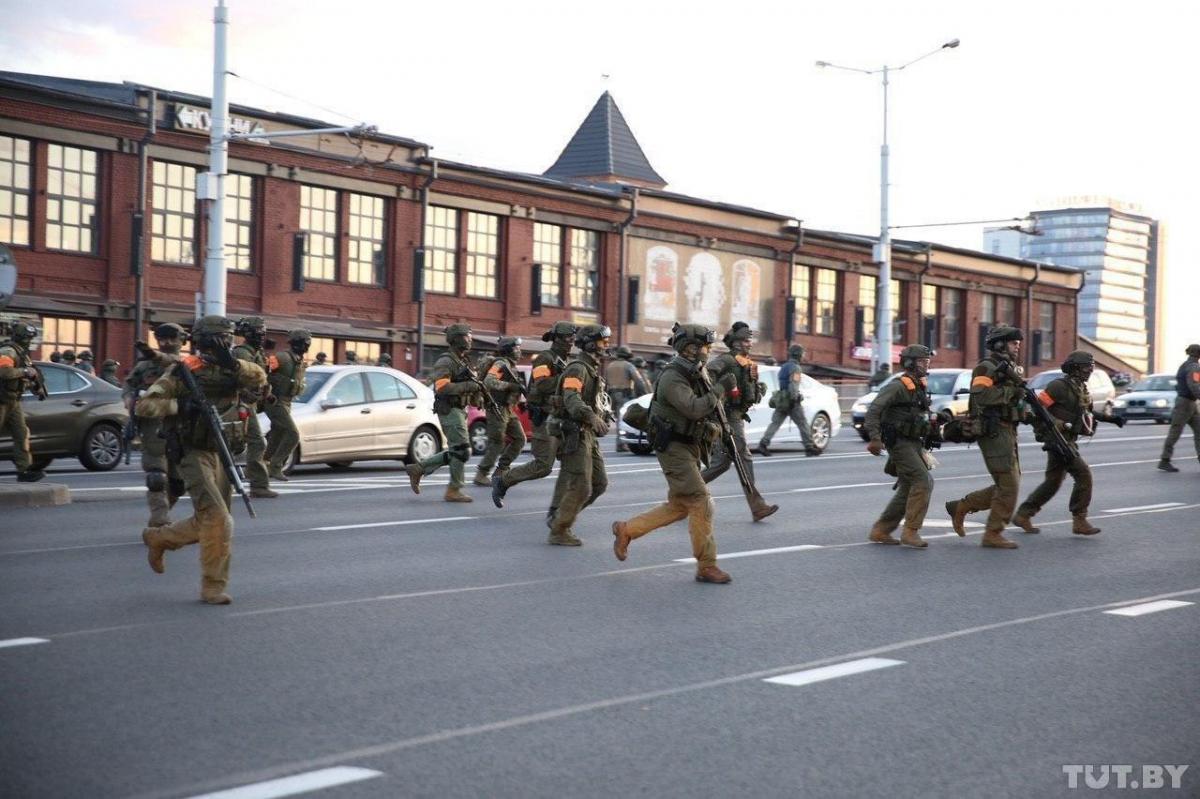 Против митингующих применили силы спецопераций / фото TUT.by