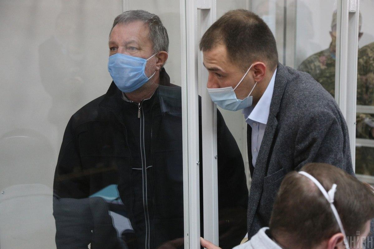 По словам адвоката Тигишвили, самостоятельно вступать в открытый конфликт с террористом не рекомендуется/ Фото УНИАН