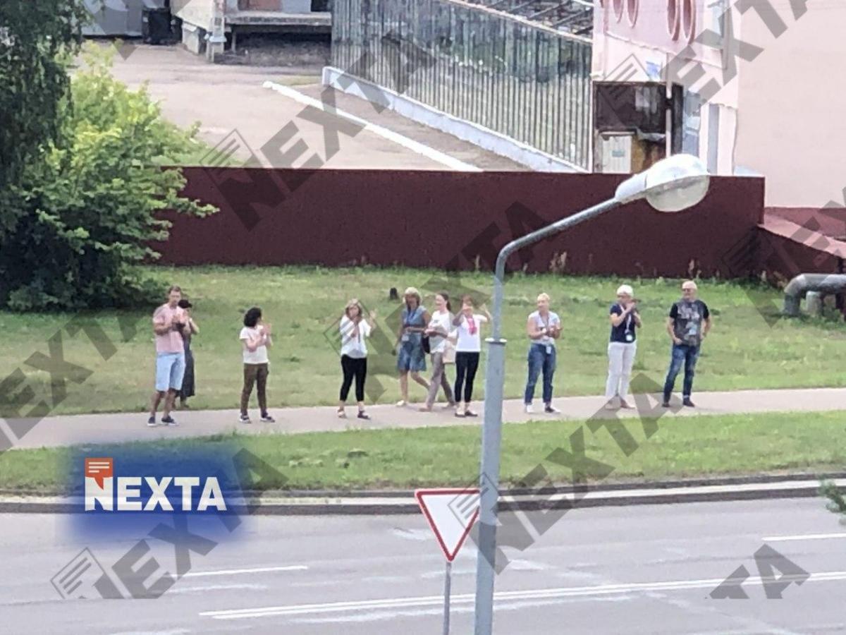 Страйк почався в Інституті хімії нових матеріалів НАН Білорусі / фото t.me/nexta_live