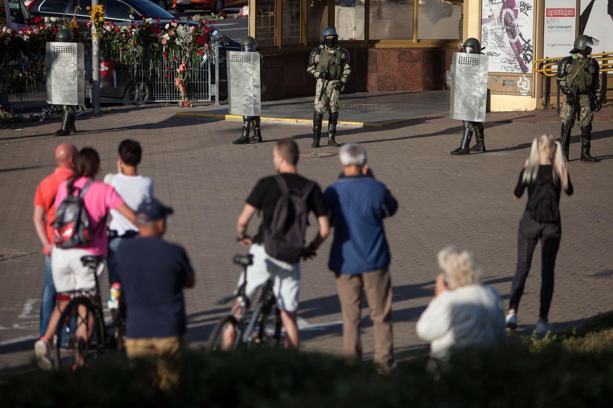У Білорусі тривають протести через фальсифікації на виборах президента / фото REUTERS