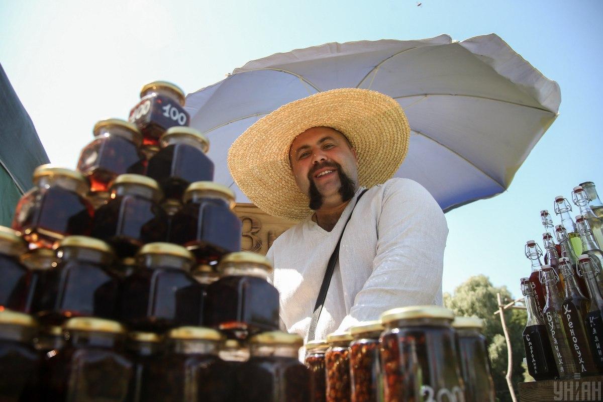 Медовий спас пов'язаний з традиціями річного медозбору / УНІАН