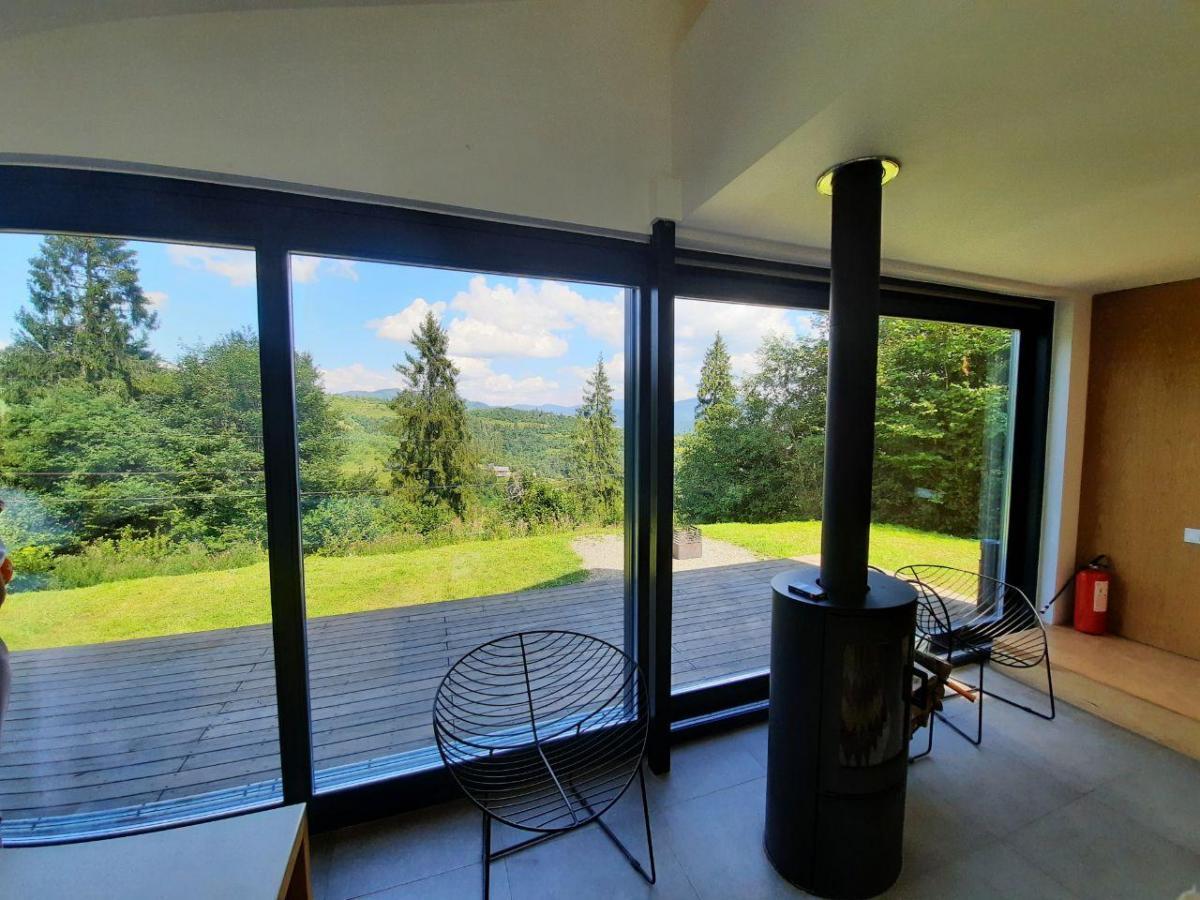 Панорамные окна в гостинице Bkack Rock / фото Ольга Броскова